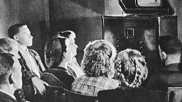 Опасни ли са били съветските телевизори за живота?