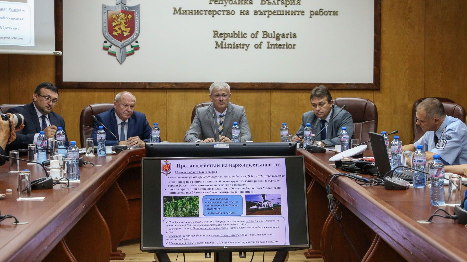 Катаджиите направили куп грешки след инцидента с бащата на президента Радев