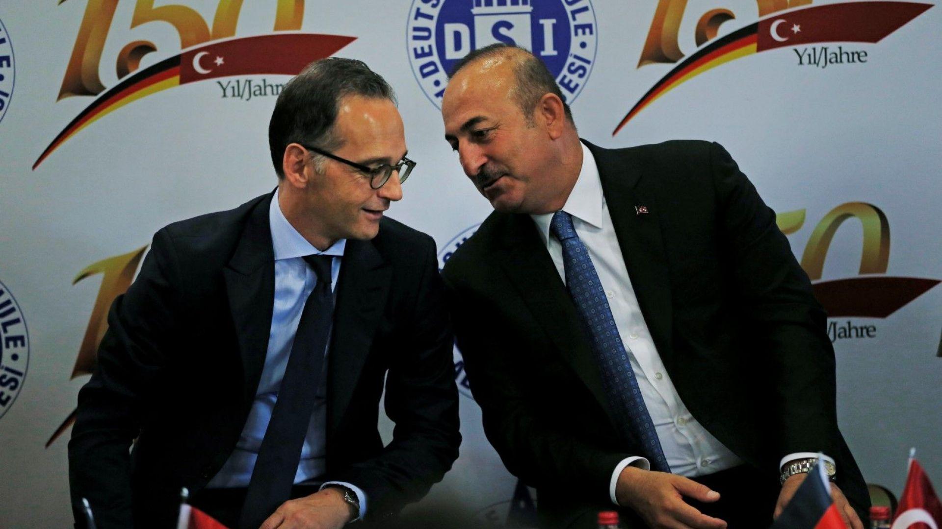 Защо няма да е лесно Германия и Турция да започнат наново