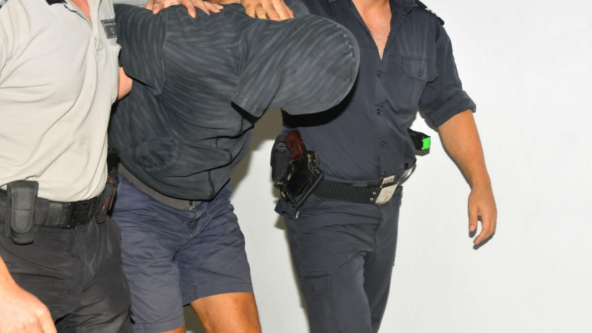 Рецидивистът, отвличал и изнасилвал проститутки, има жена и двама сина