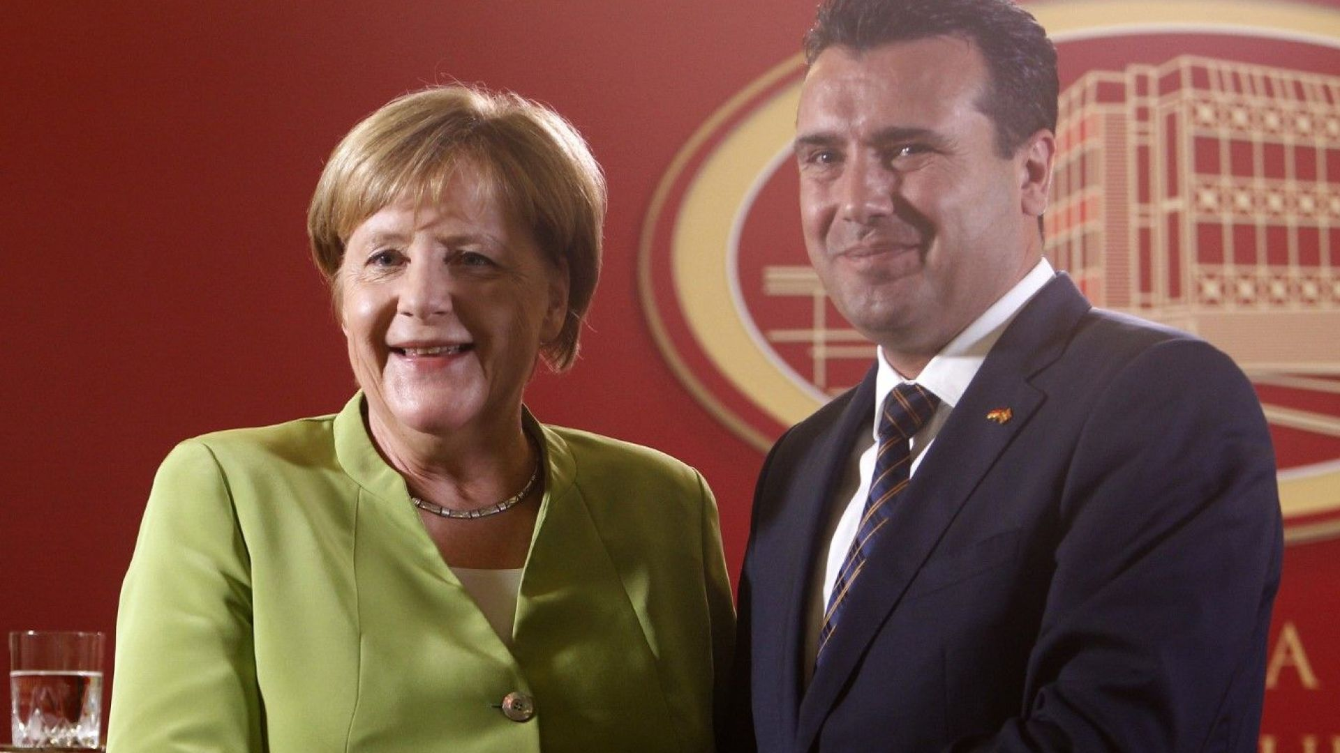 Заев: Посещението на Меркел гарантира присъединяването на Македония към ЕС и НАТО