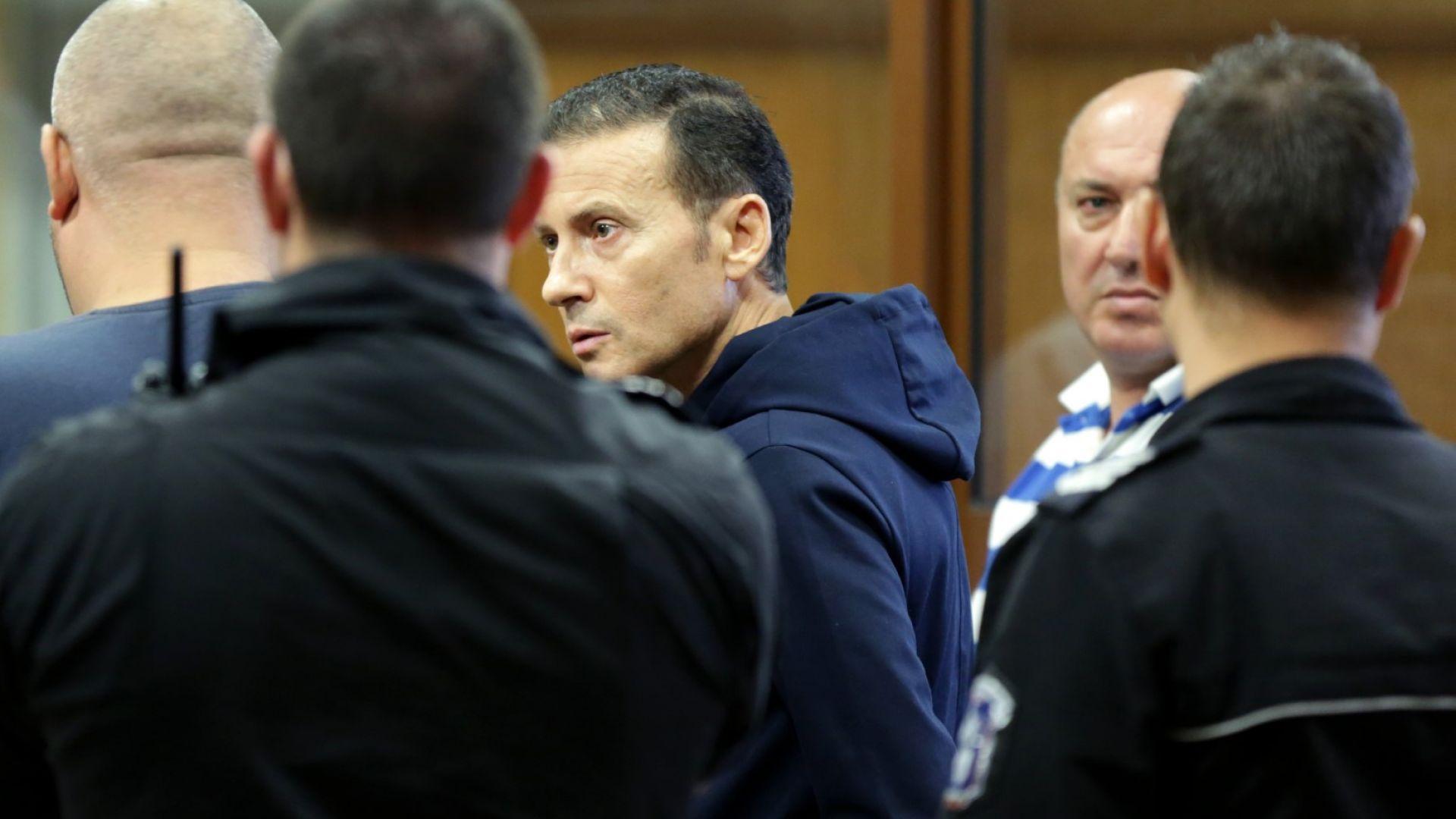 Спецсъдът остави в ареста Миню Стайков и още двама от задържаните