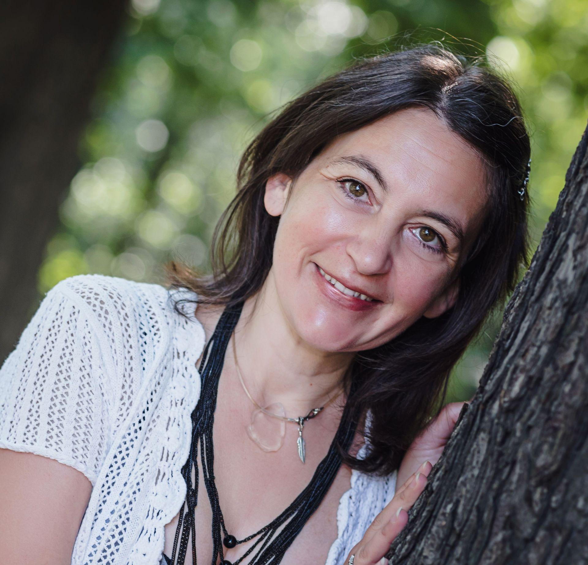 Децата те зареждат чиста енергия, казва учителката Леда Милева