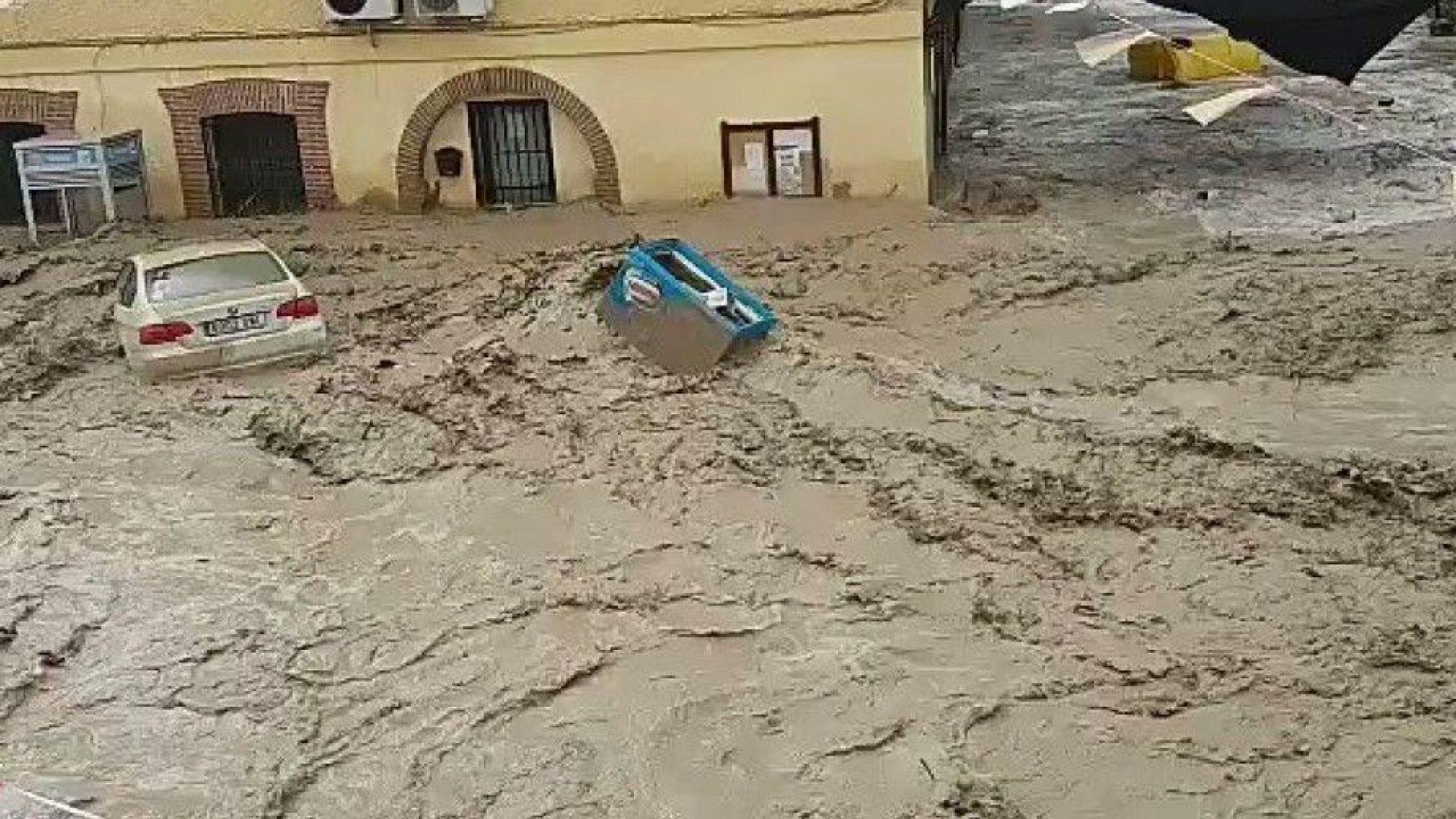 Потоп в Испания след 14-часова буря (видео)