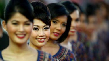 """Сингапур връща момичетата от бокса на """"Формула 1"""""""