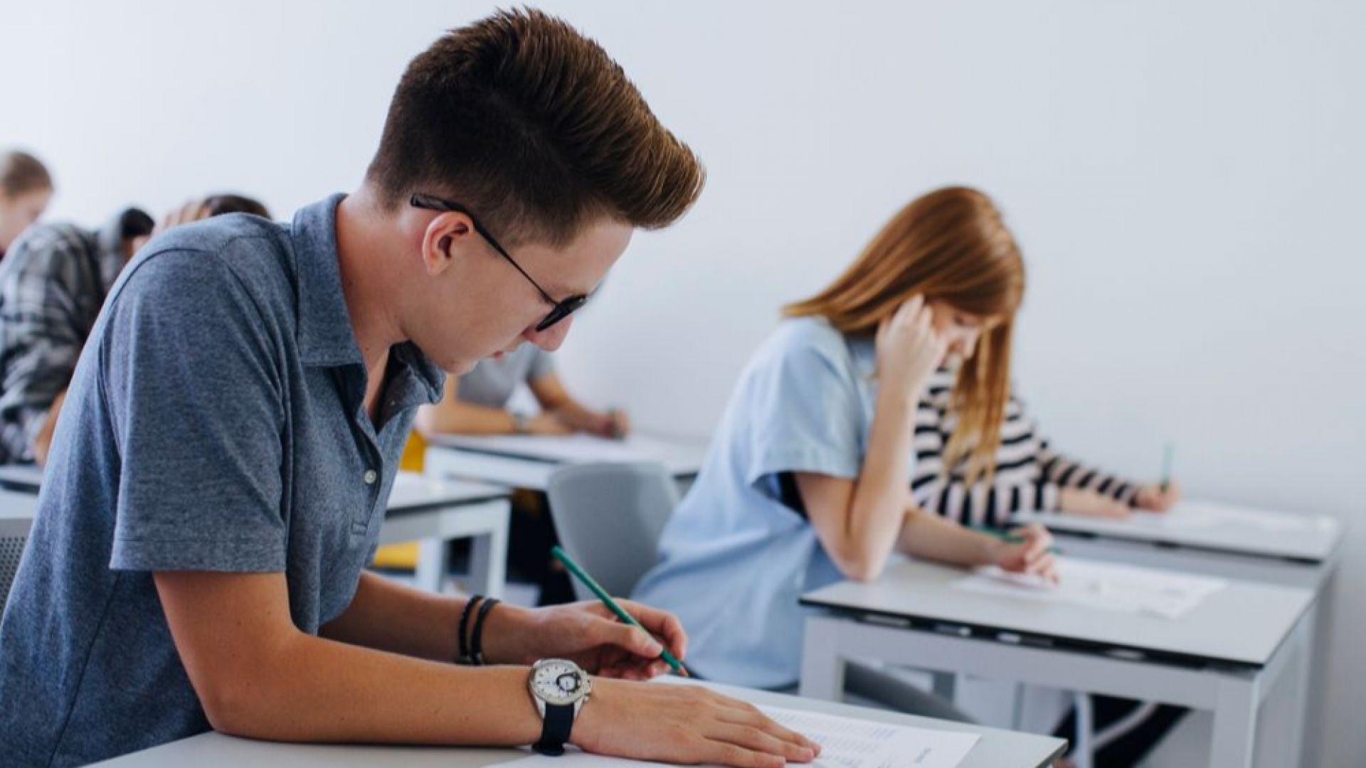 """""""Солен"""" септември за бюджета на родителите с гимназисти"""