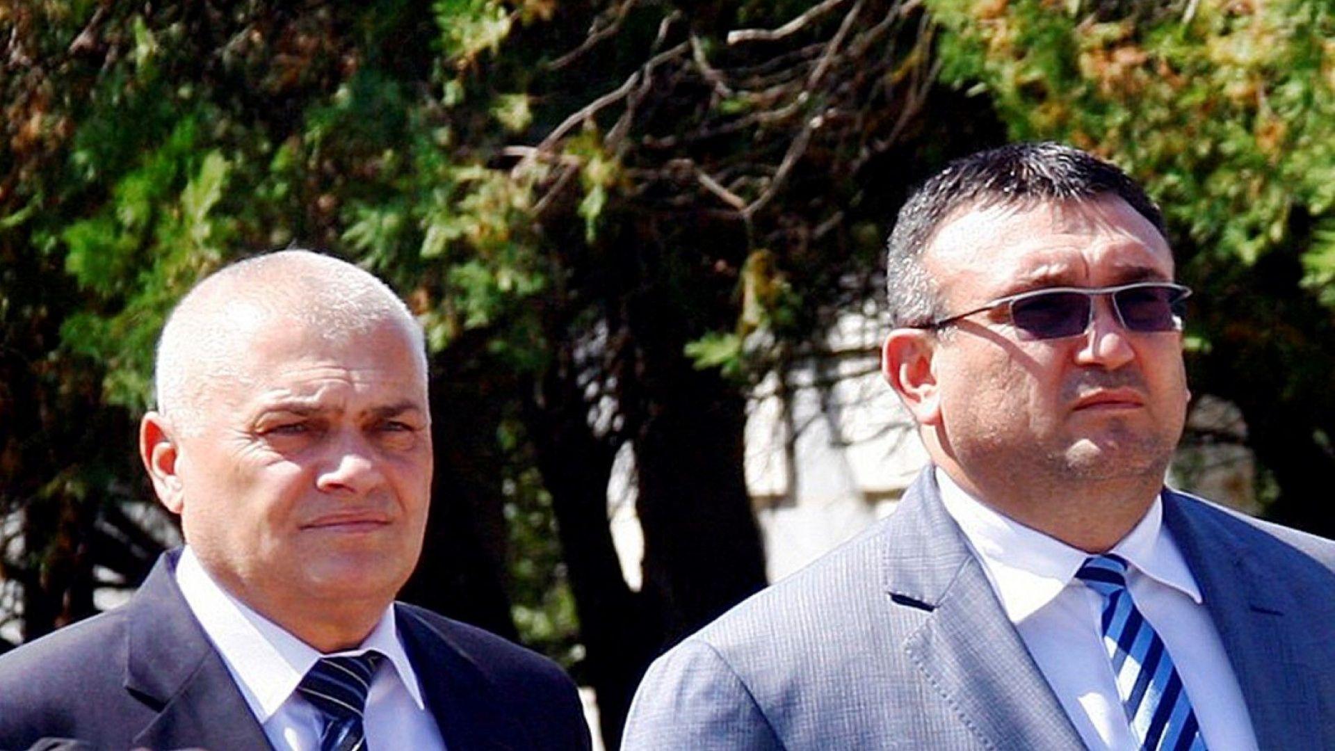 Валентин Радев облекчен след оставката, Младен Маринов нахъсан от министерската номинация