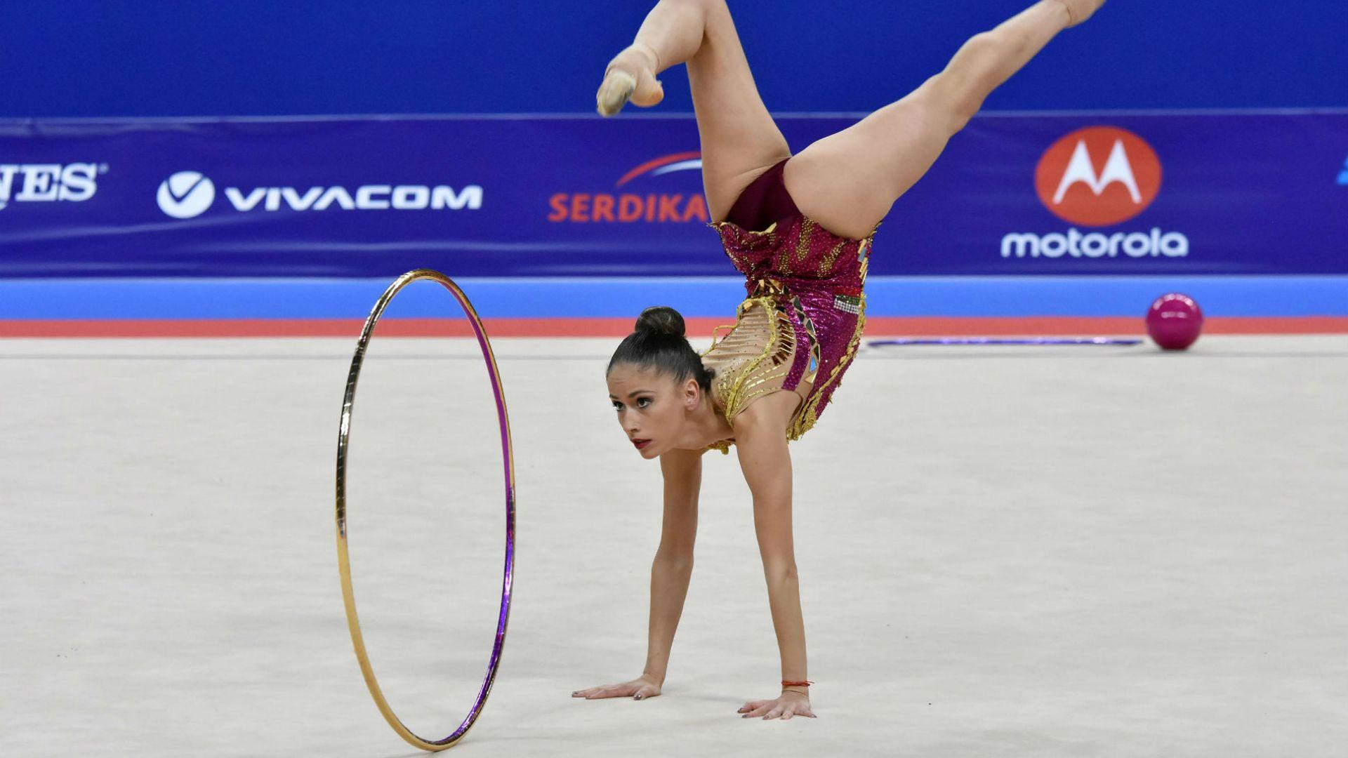По две българки стигнаха първите финали на Световното в София