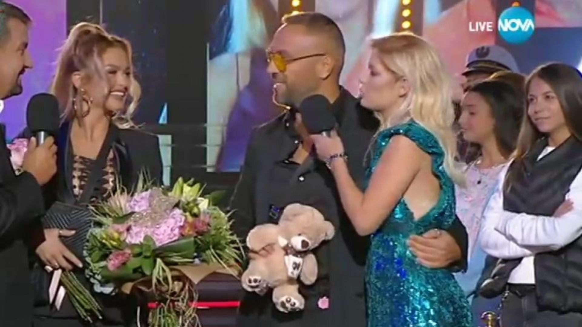 Сблъсък между Ваня и Ева от Тоника във VIP Brother. Петко и Яна заедно в шоуто