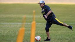 Марадона се завръща в аржентинското първенство след 24 години