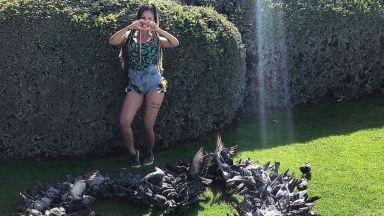Джулиана Гани получи сърце от гълъби в Париж (галерия)