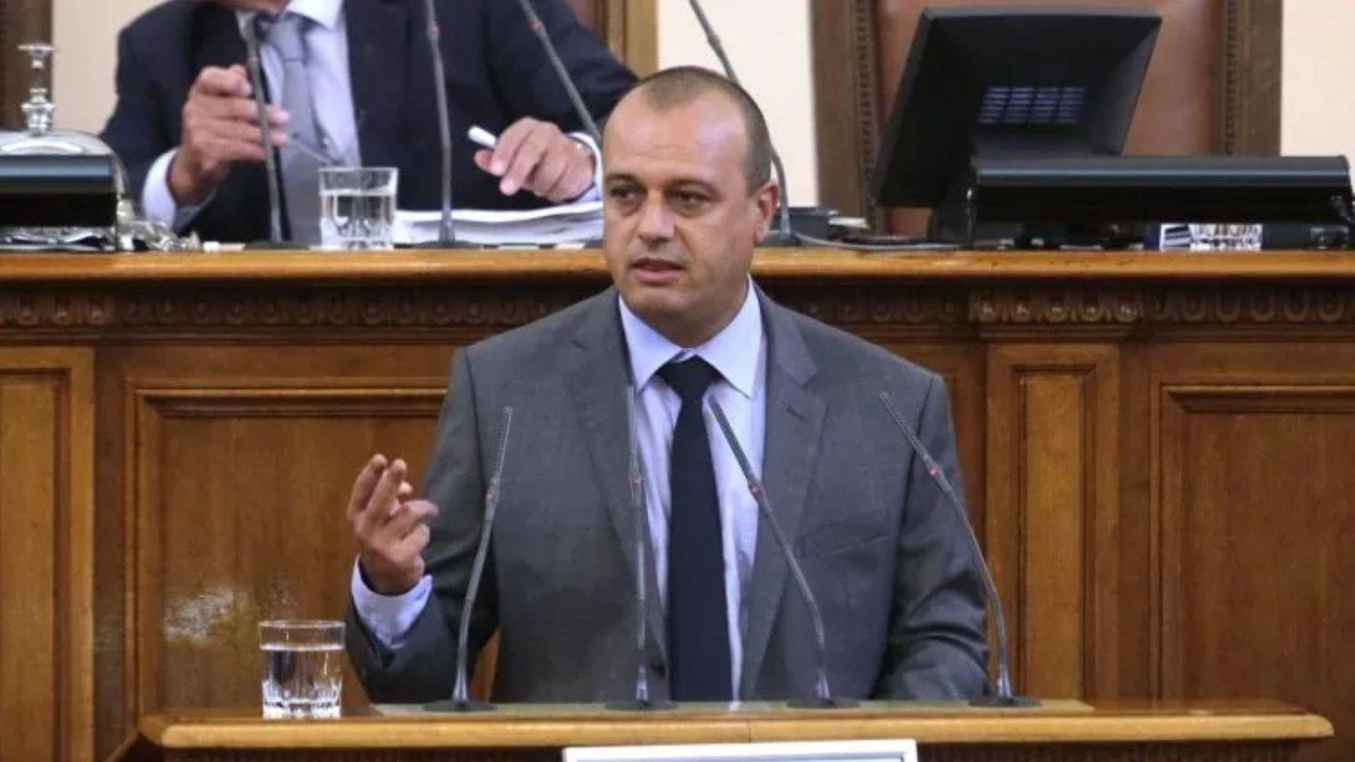БСП категорично отказва да влезе в пленарна зала