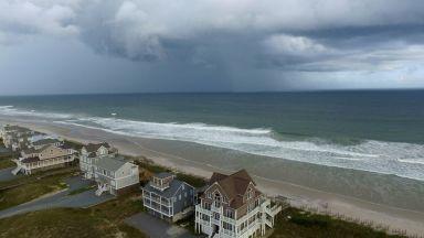 Властите в САЩ: Ураганът Флорънс ще е като удар на Майк Тайсън