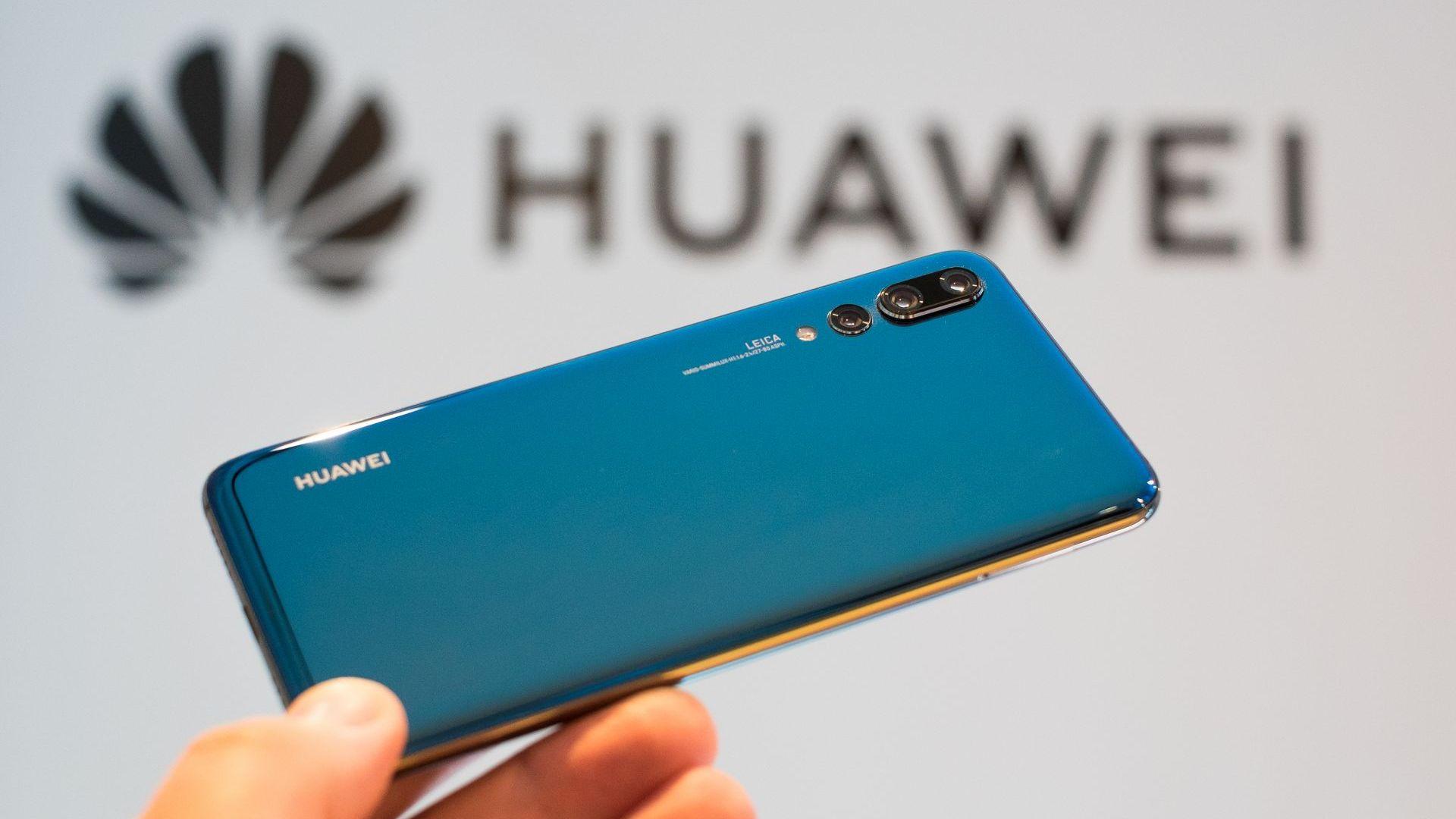 Huawei благодари на Apple за липсата на иновации