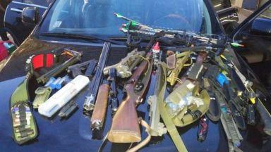 Спипаха швейцарец на път за Идлиб и го обвиниха в тероризъм