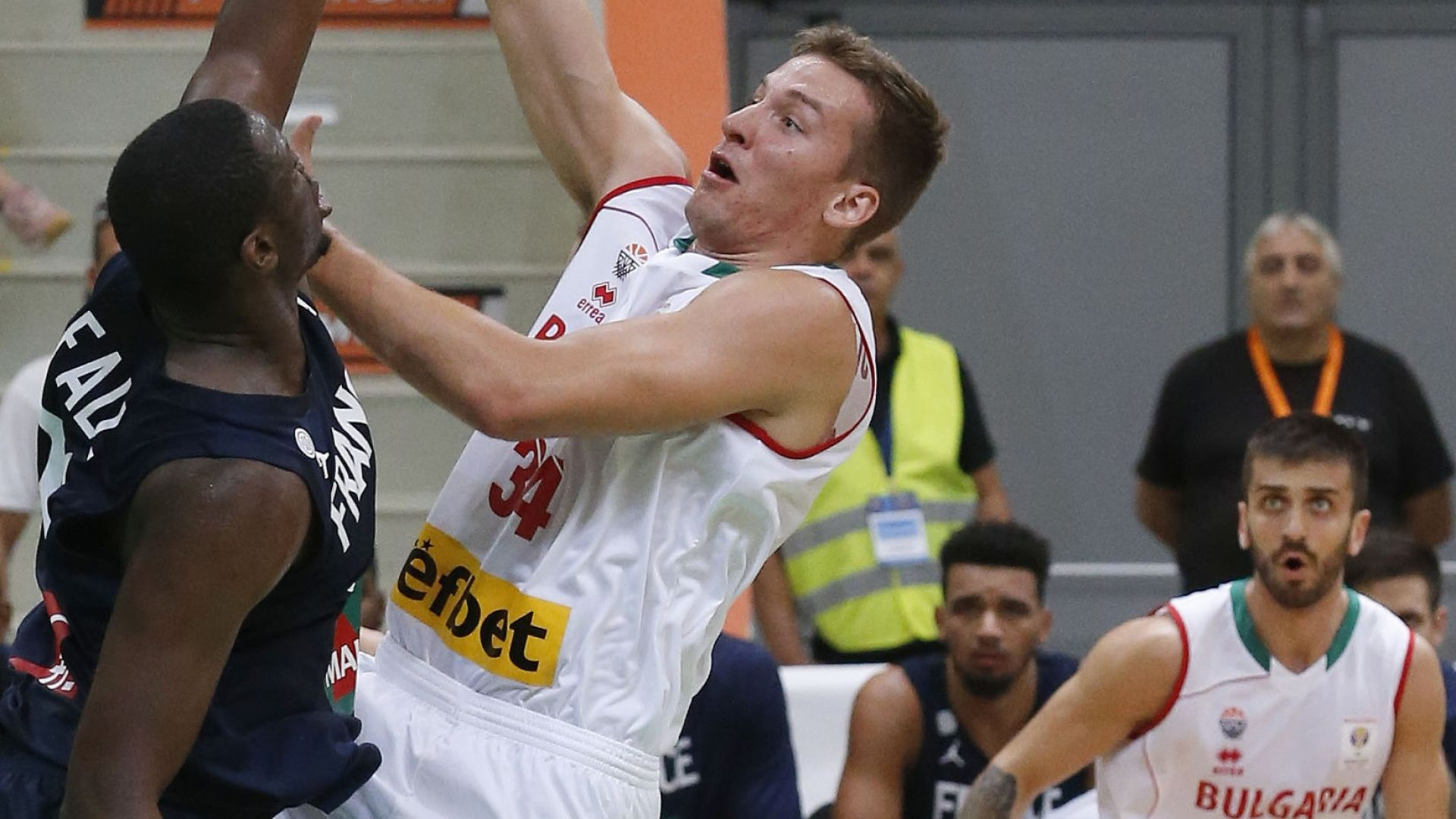 Героична България постигна баскетболно чудо!