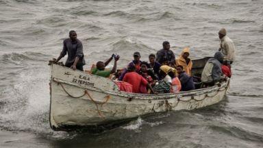 """Италиански министър сравнява африканските мигранти с """"роби"""""""