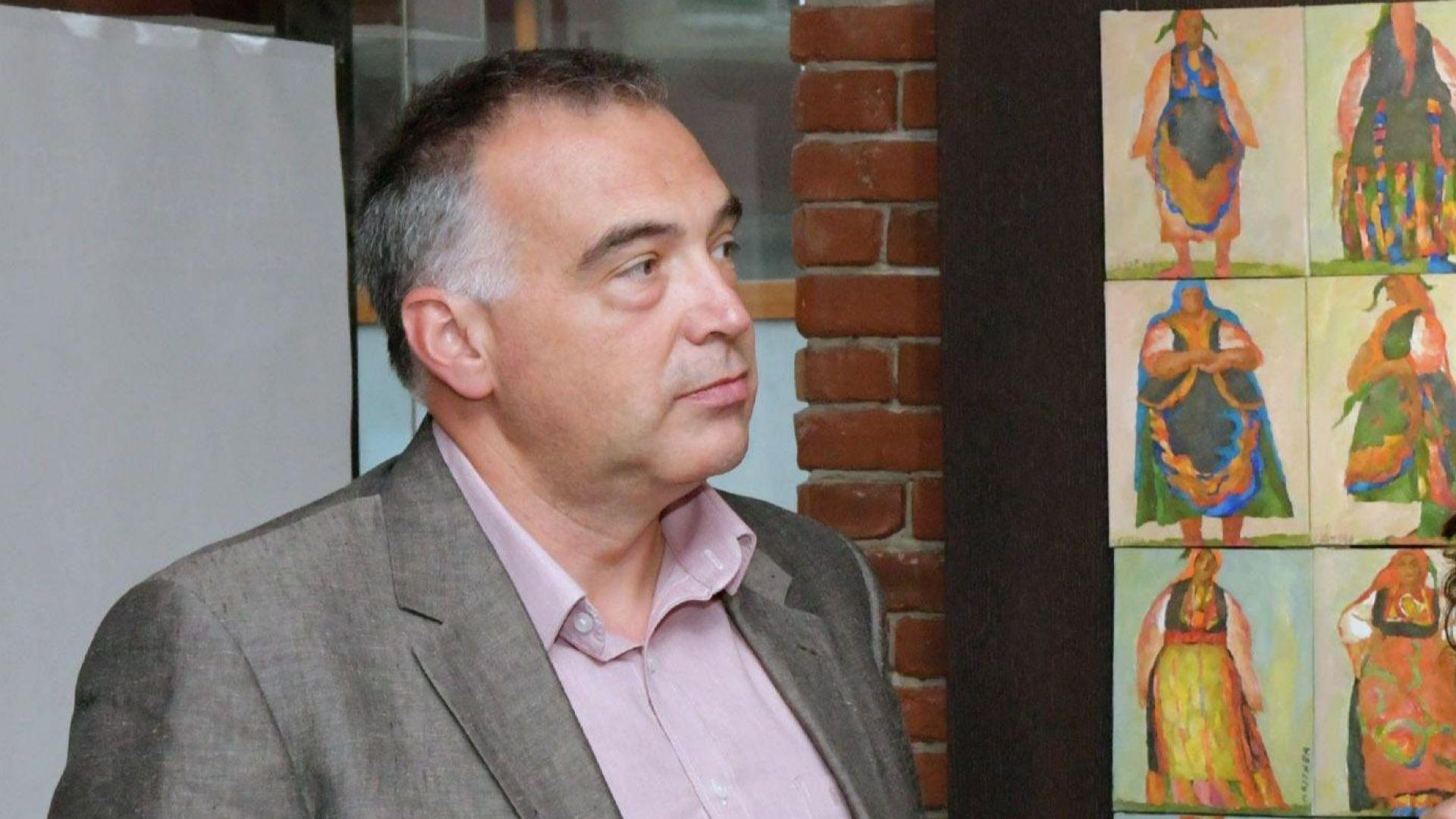 Кутев: Обвинението срещу Елена Йончева е синята лампичка, която Борисов светва
