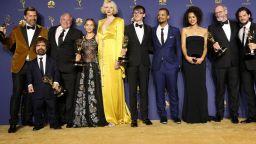 """""""Игра на тронове"""" триумфира за трети път на наградите """"Еми"""" пред погледите на звездите"""