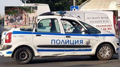 Свада за момиче прераснала в масов бой в центъра на Казанлък (видео)