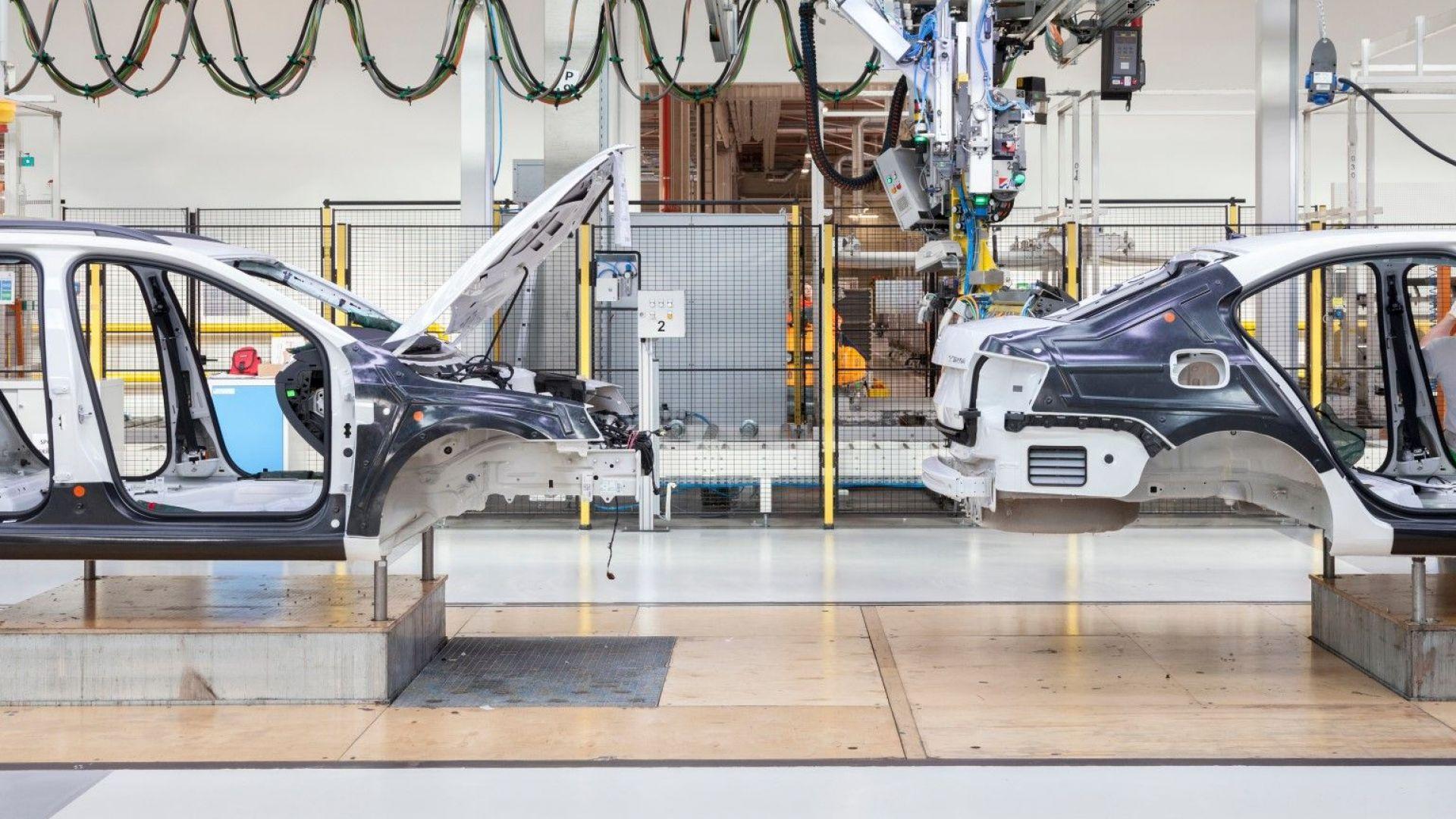 Брюксел подгони BMW, Daimler и Volkswagen за монопол