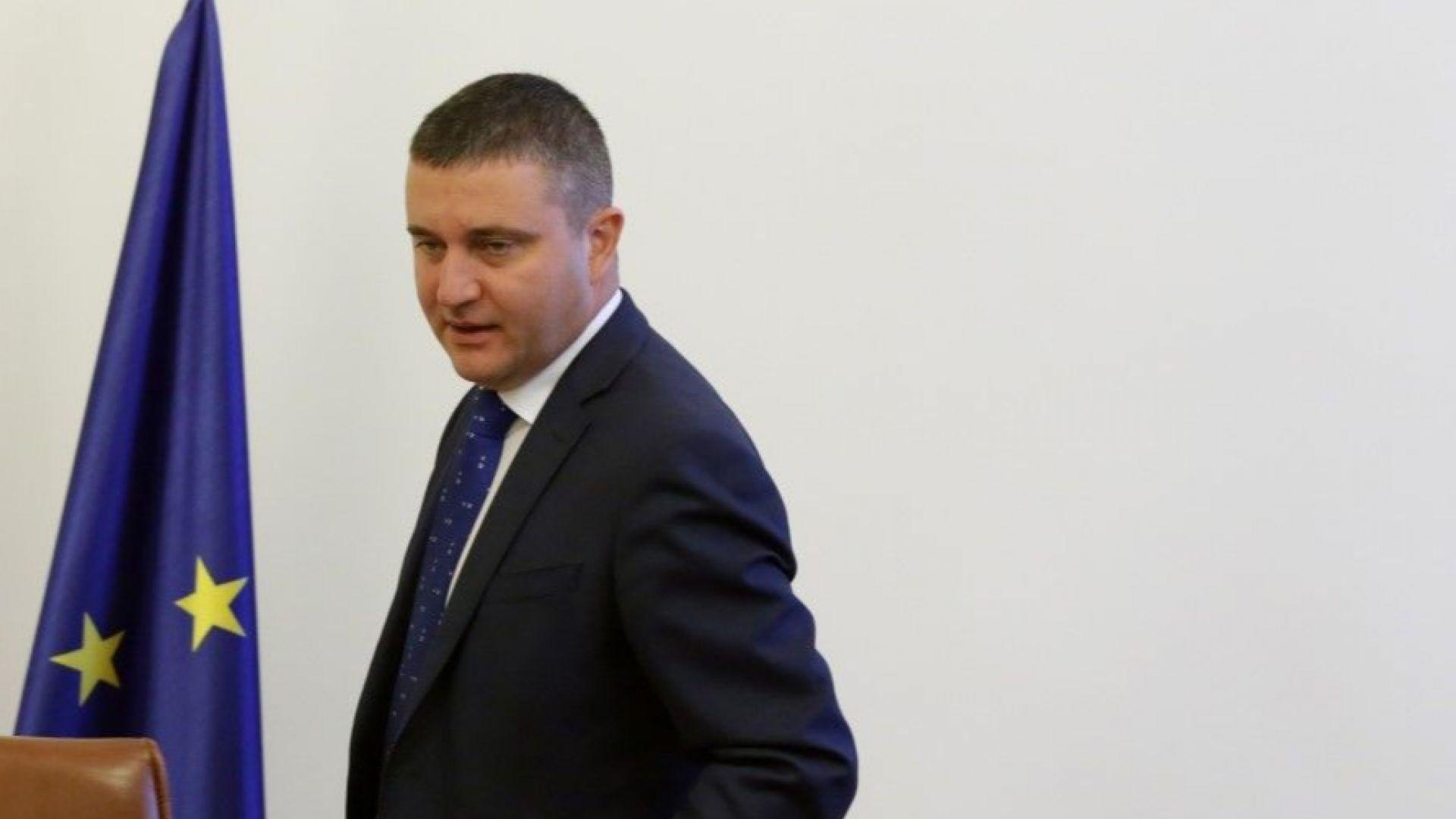 Горанов: Не трябва да обезглавяваме НАП, шефът на ЦРУ не напусна след Уикилийкс
