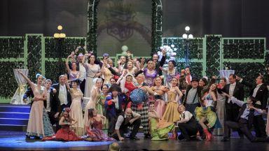 """Музикалният театър открива сезона с """"Празник на оперетата и мюзикъла"""""""
