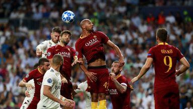 Следете на живо мачовете в Шампионска лига, Роналдо бе изгонен