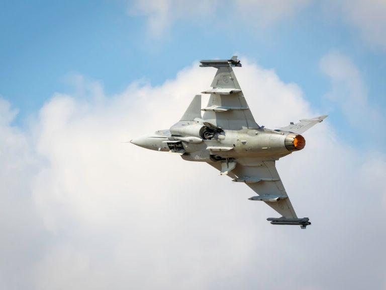 Швеция остава готова да преговавя с България за Gripen