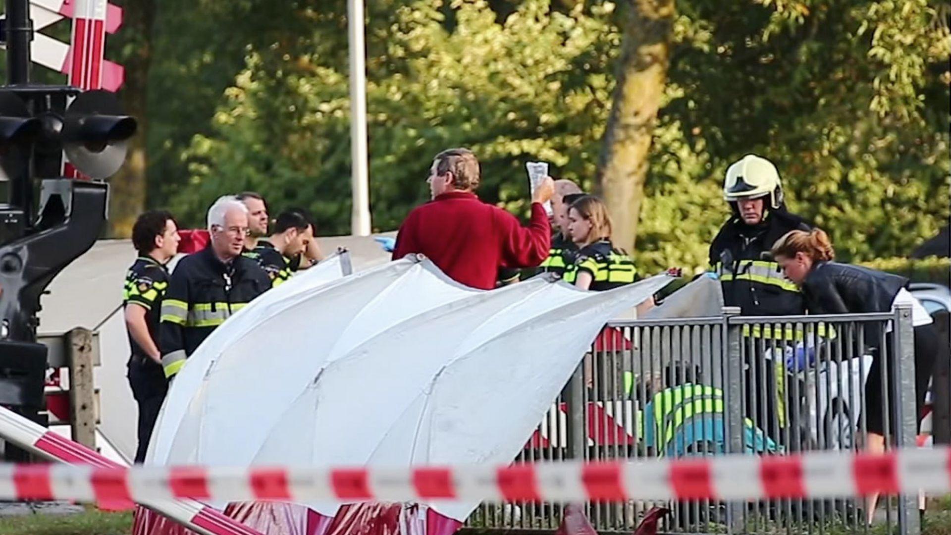 Трагедия в Холандия: Влак удари товарен велосипед с деца