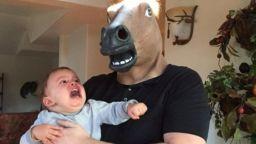 Абсурдни снимки, които доказват, че родителството не е за всеки