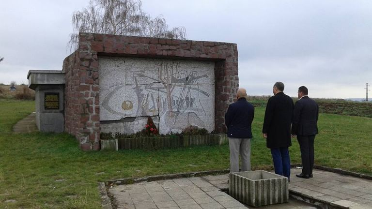 Оскверниха българска военна костница край Ниш