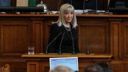 Аврамова: Продължаваме да строим магистрали, ако приеме Нанков ще е един от стълбовете в МРРБ