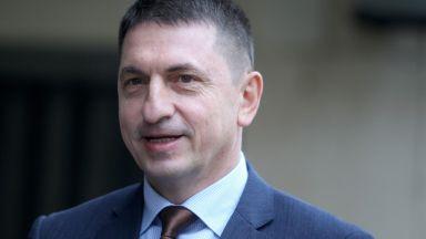 Валентин Радев лансира Спиридонов и Терзийски за нов главен секретар на МВР