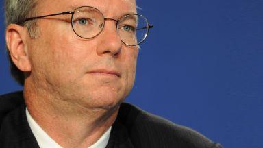 Бившият шеф на Google Ерик Шмид: Интернет ще се разцепи на две