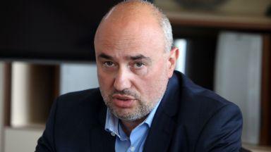 """Агенция """"Митници"""" поиска двумесечно запечатване на складовете на """"Винпром Карнобат"""""""