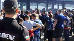 Стотици работници на Миню Стайков са пред съда в Карнобат