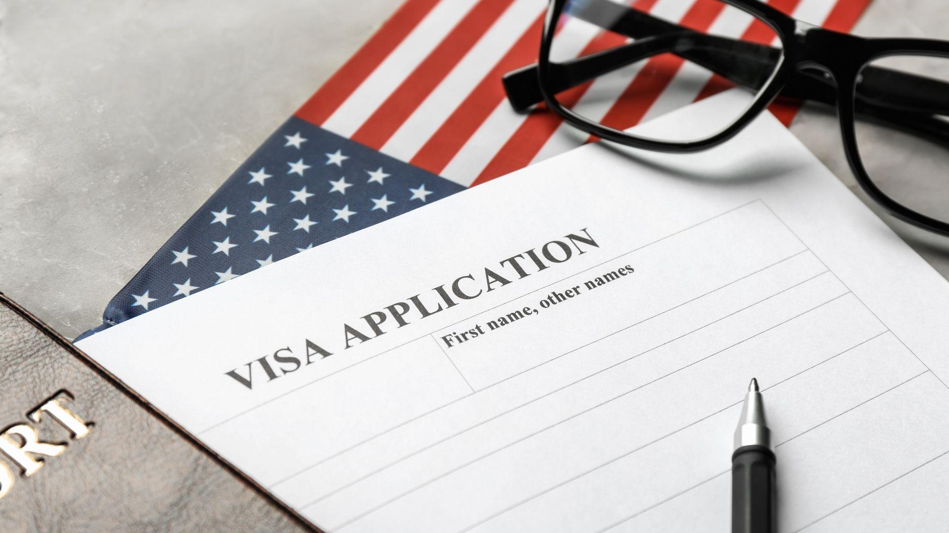Под 10% са отказите на американска виза за българи, но все още сме далеч от целта