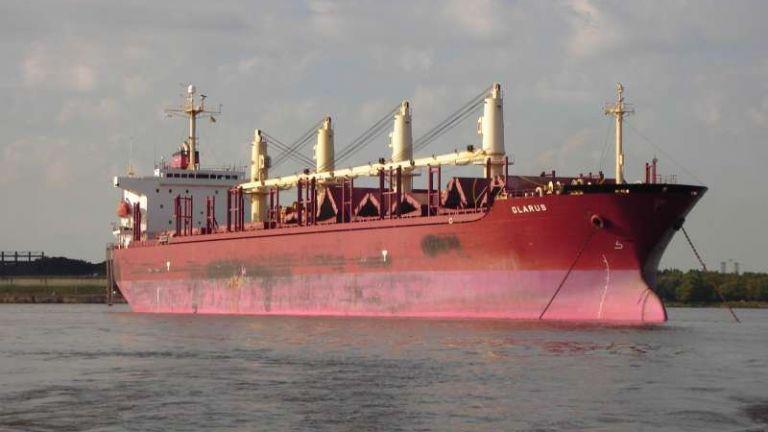 Пирати атакуваха швейцарски товарен кораб край Нигерия