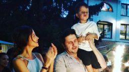 Диляна и Асен кръстиха Борил и празнуваха 4-ия му рожден ден