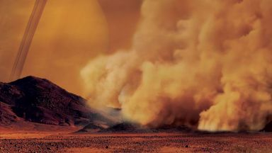 Засякоха огромна пясъчна буря на Титан