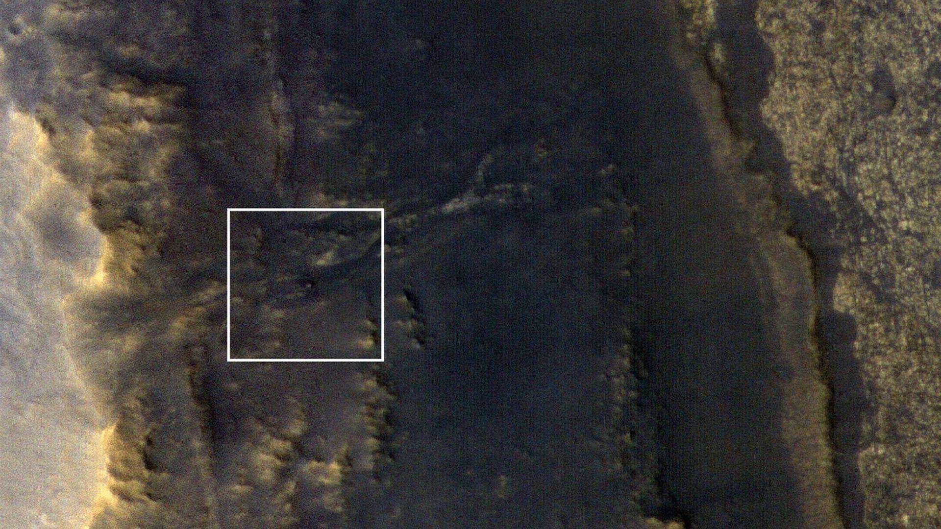"""НАСА забеляза повредения си робот """"Опортюнити"""" на Марс"""