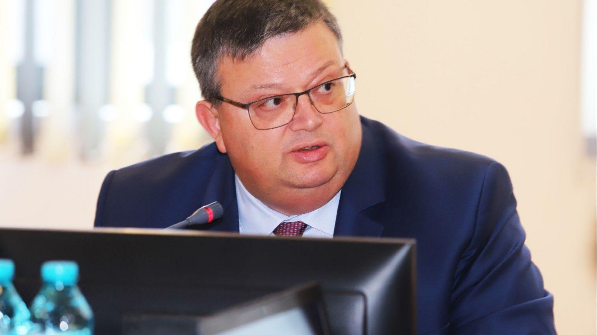 Цацаров: Атаката при убийството в Русе не бе случайна, а по сценарий