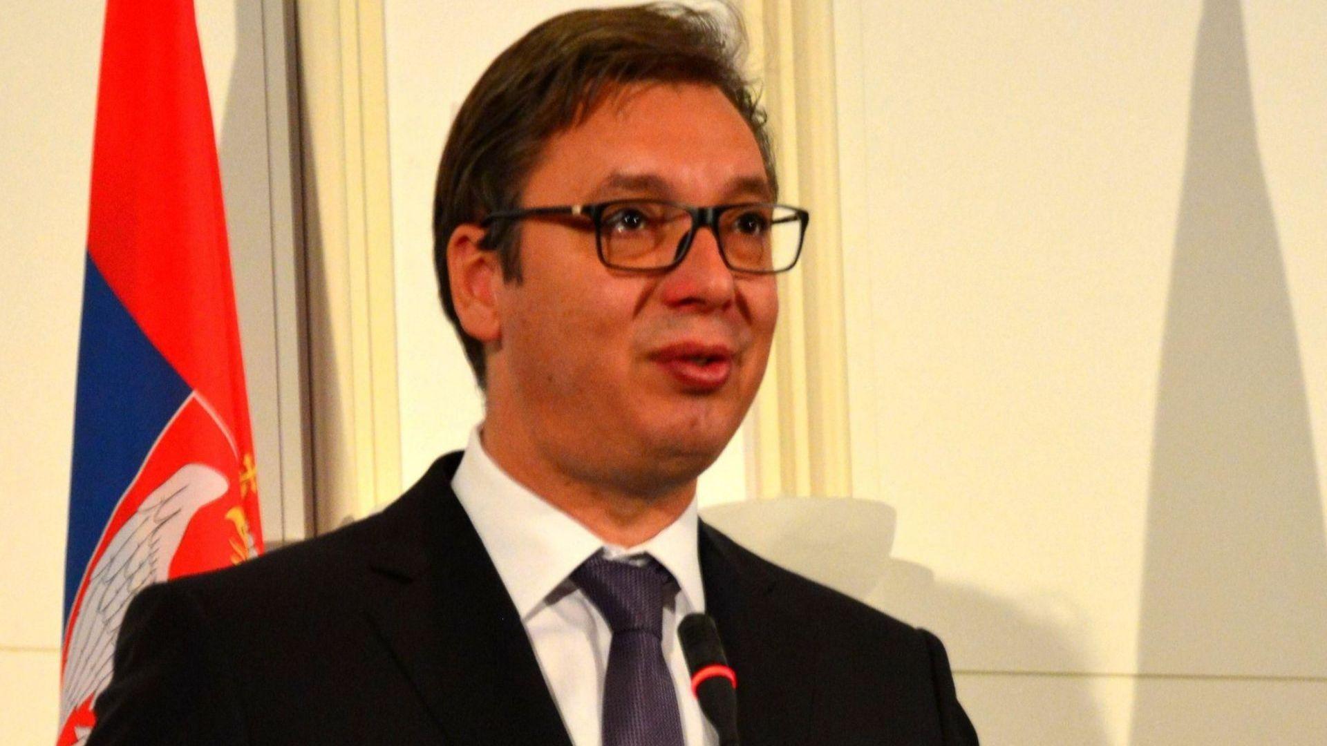 Депутат заплаши със смърт президента и премиера на Сърбия