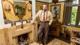 """Британец превърна къщата си в """"машина на времето"""""""