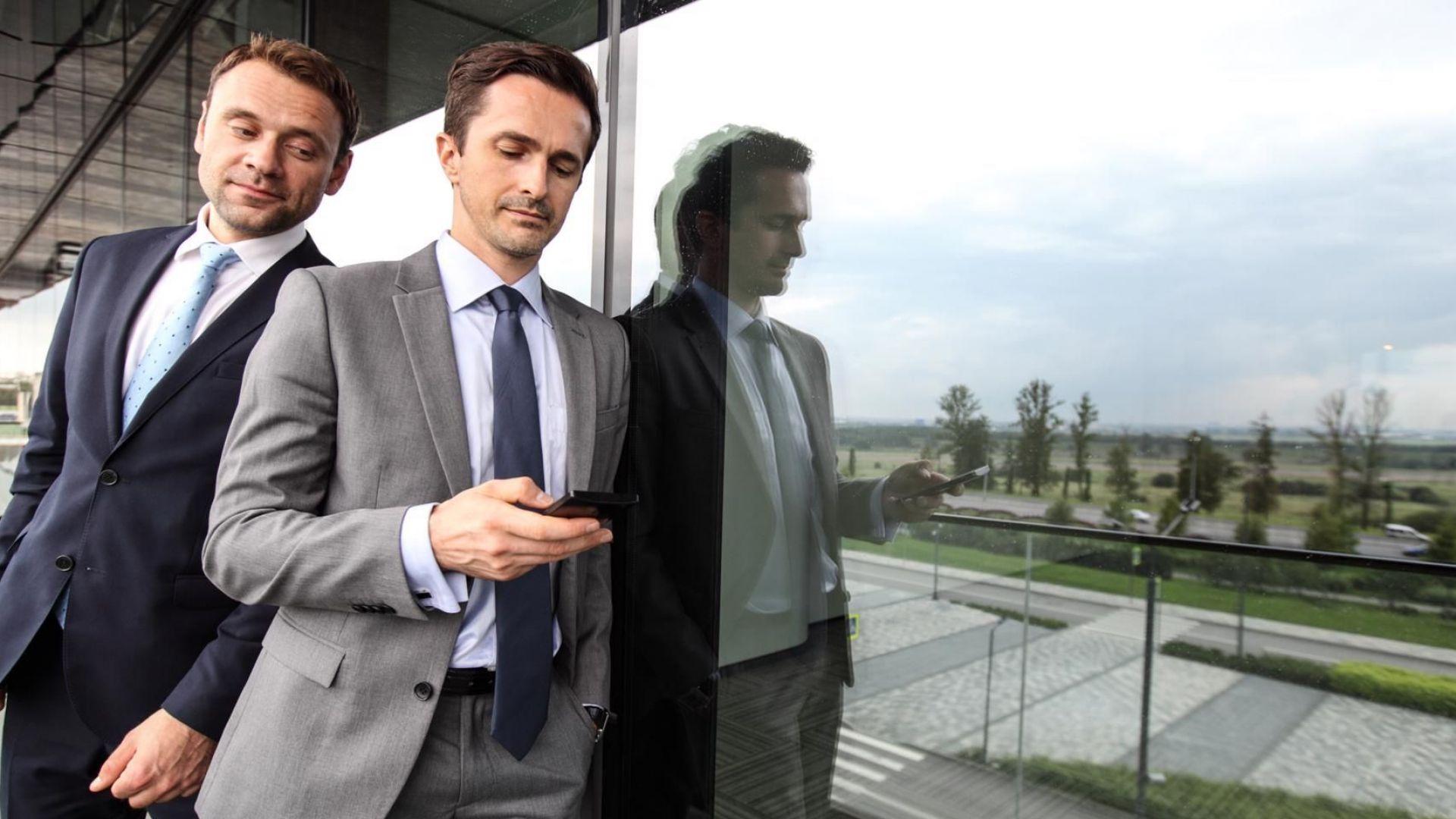 Агенти на ДАНС ще се внедряват във фирми и институции