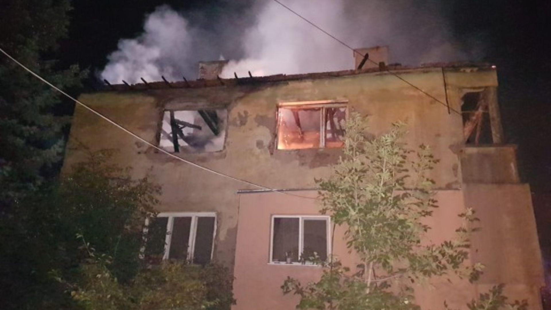 Откриха силно обгорял труп след пожара в Божурище