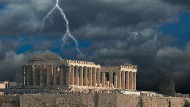 "Ще ни засегне ли гръцкият ""ураган""?"