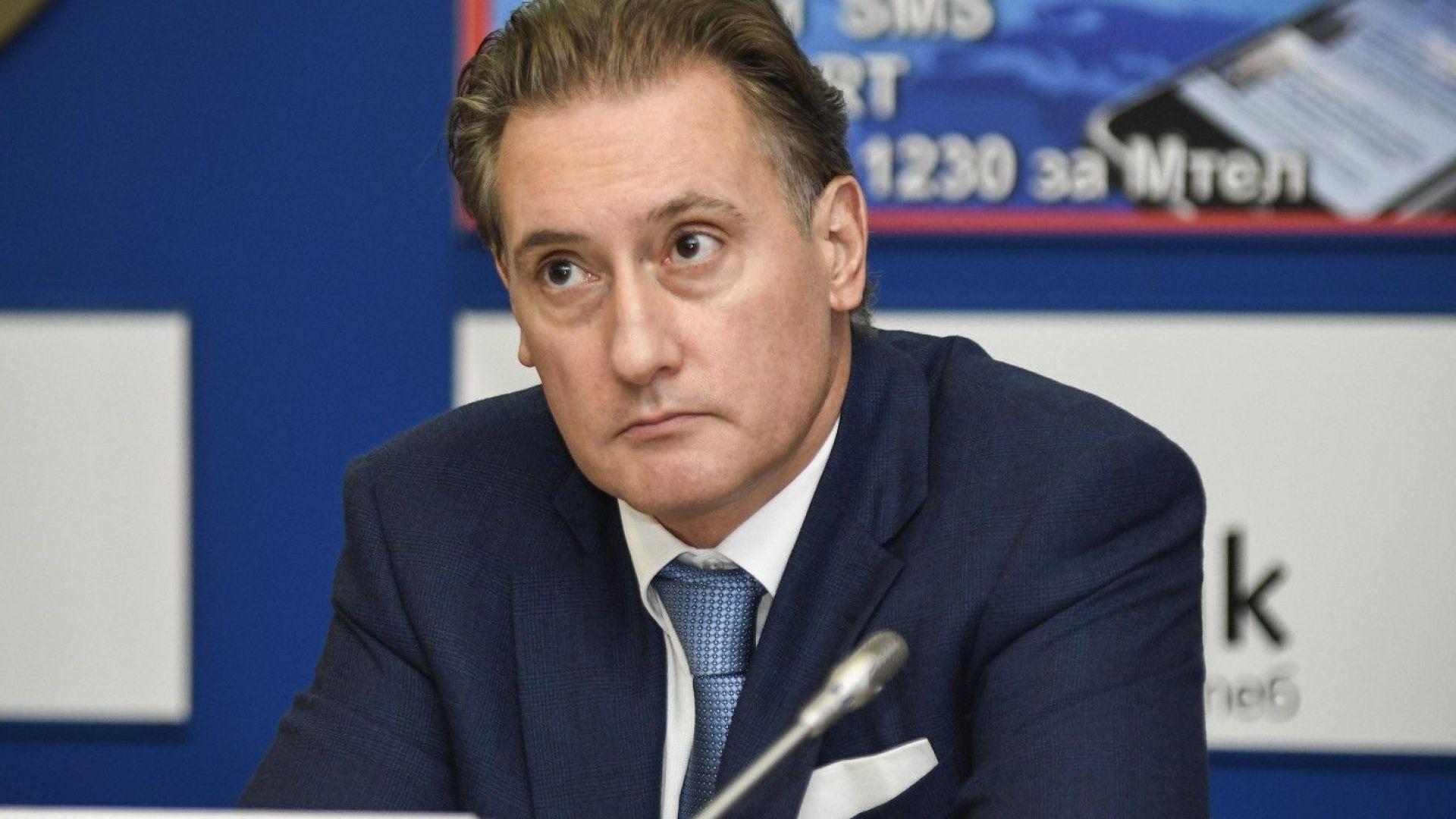 Домусчиев коментира ситуацията в Левски и отрече да е заплашван от Божков