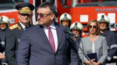 Маринов: Молдовците, взривили банкомата в Стара Загора, са задигнали 60 хил. лева